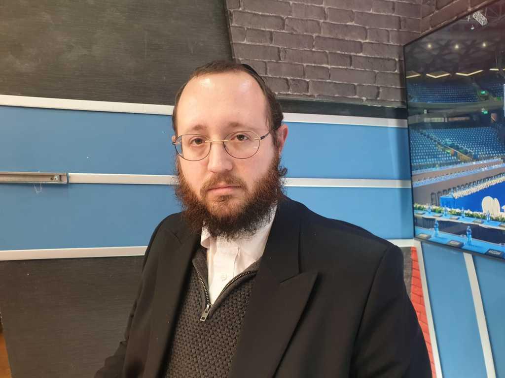 מרדכי גולדמן באולפן 'סוגרים שבוע'