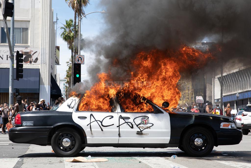 מהומות אלימות שפרצו בעקבות רצח ג'ורג' פלויד (shutterstock)