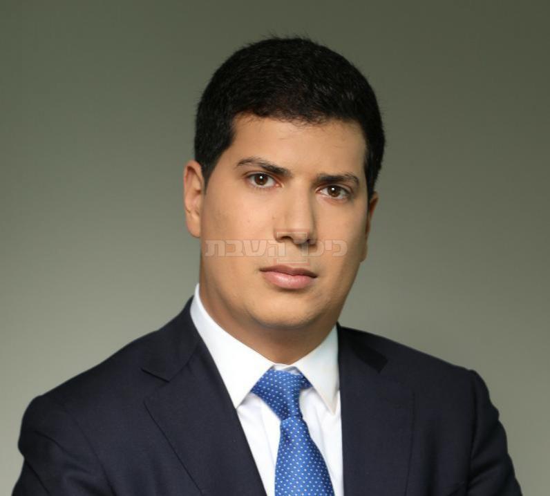 מי שייצג את רייכמן, עורך הדין עמית חדד (רפאל מזרחי)