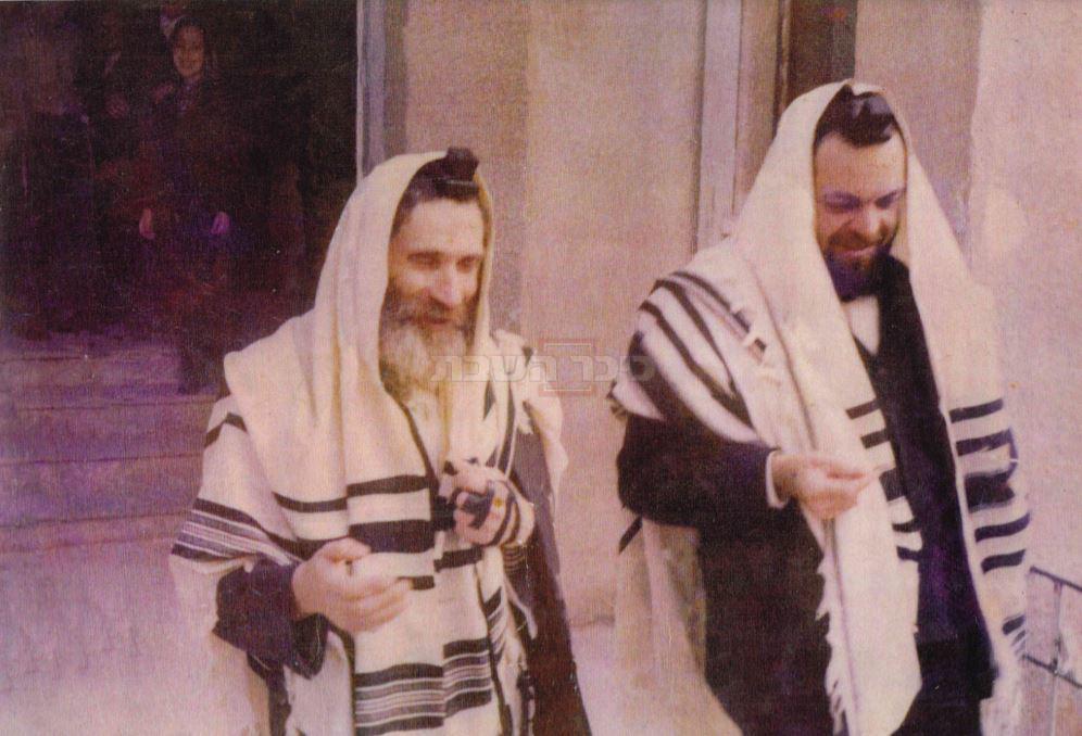 הגר''י בן שלום עם ידידו הגראי''ל שטיינמן בצעירותם