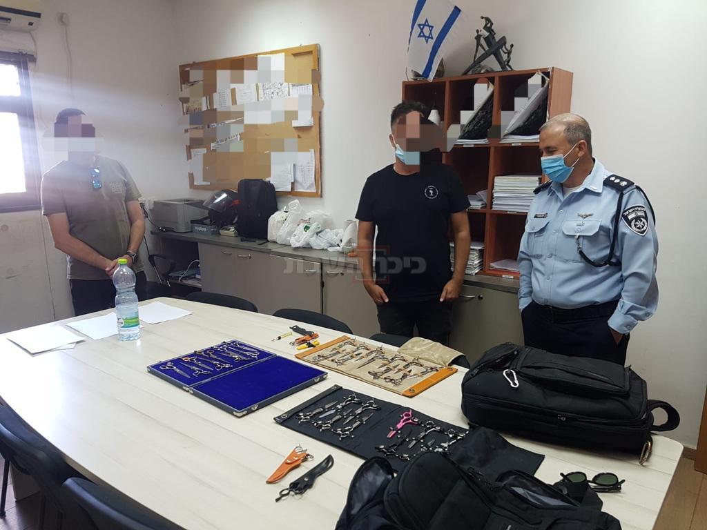 הציוד היקר מוחזר לבעליו (צילום: דוברות המשטרה)
