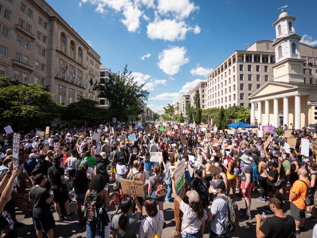 הפגנות המוניות ברחבי ארה''ב (shutterstock)