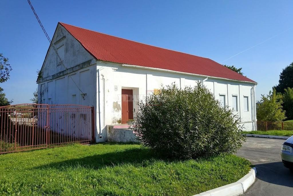 בניין ישיבת וולוז'ין, כיום (צילום: ישעיהו לוי)