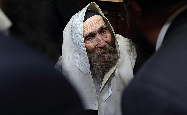 מרן הגראי''ל שטיינמן זצ''ל (צילום: יעקב נחומי, פלאש 90)