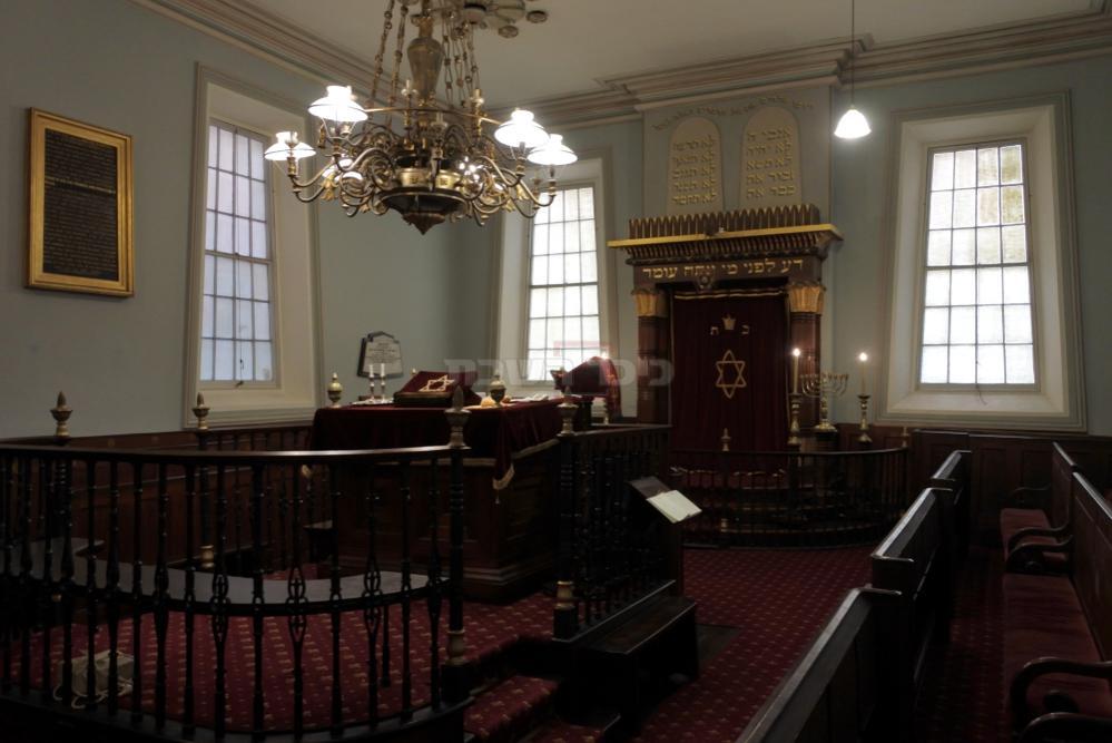 ''אנחנו אופטימיים''. בית הכנסת 'הוברט', העתיק ביותר במדינה - עומד ריק (צילום: Shutterstock)