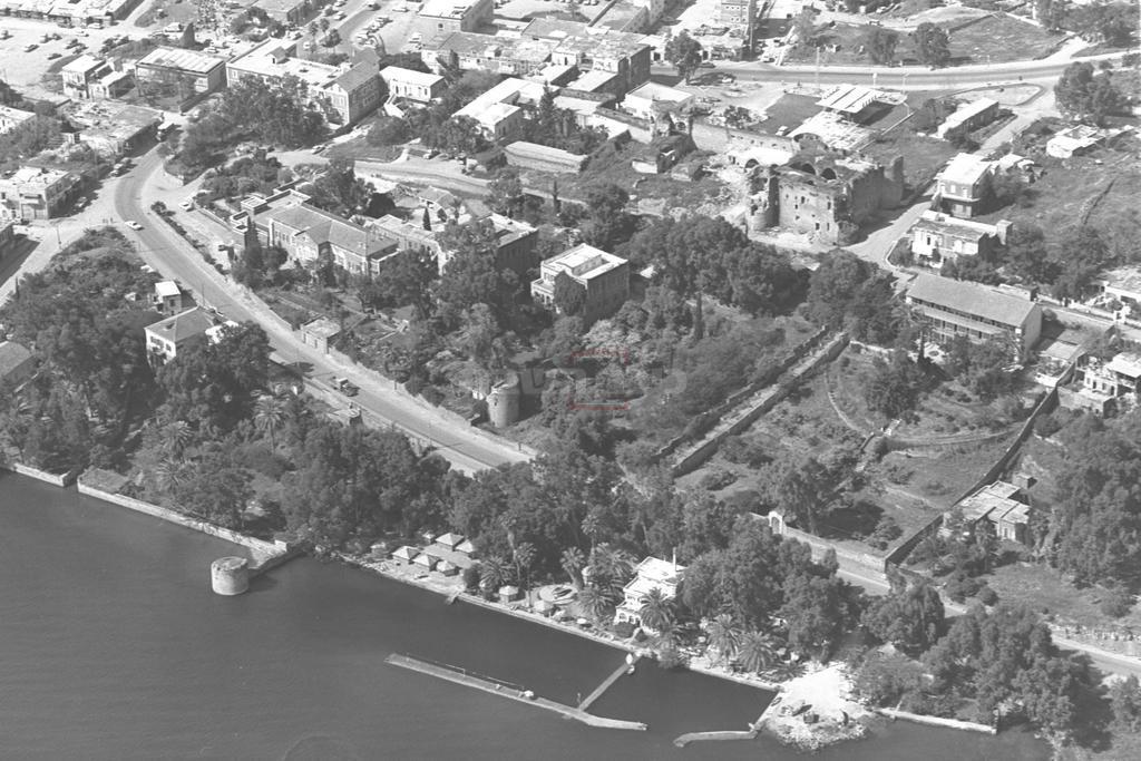 חוף לידו והעיר טבריה, בשנת 1970 (צילום: MILNER MOSHE, לע''מ)