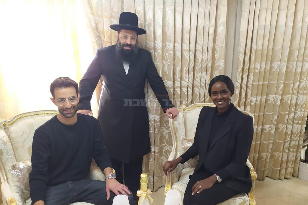 טהוניה רובל ויניב בן משה עם הרב שריקי (באדיבות המצלם)