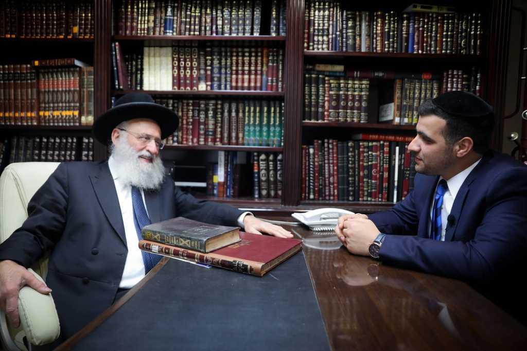 הגאון רבי ראובן אלבז בראיון ל'כיכר השבת'