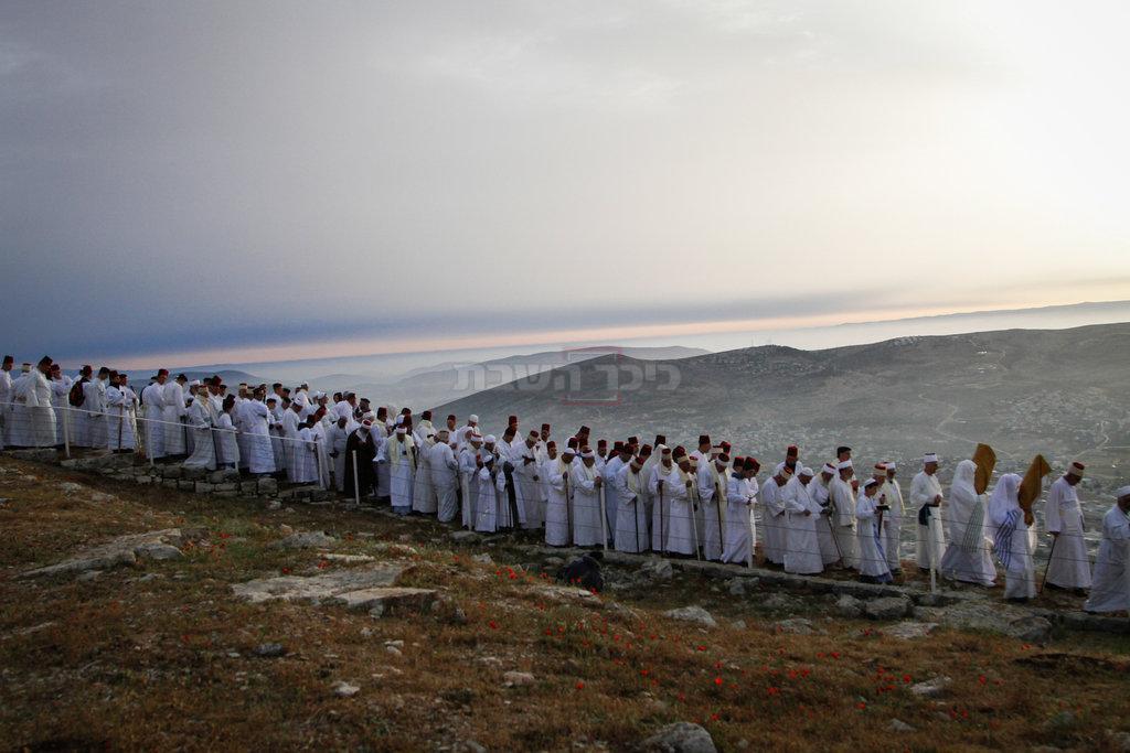 השומרונים - הכותים בעבר, מציינים את הפסח שלהם (צילום: Nasser Ishtayeh/Flash90)