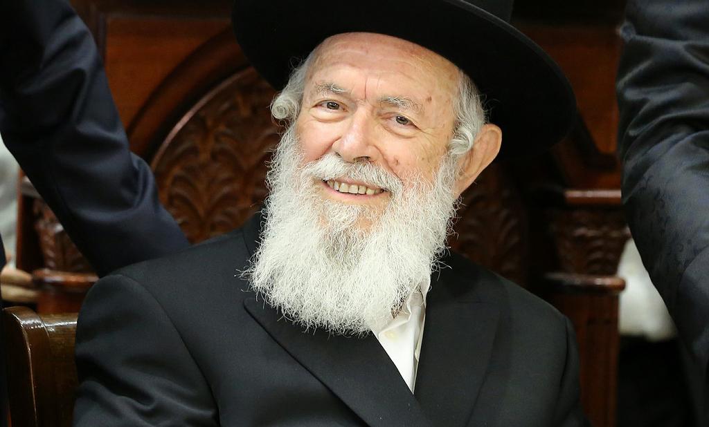 הגאון רבי יצחק זילברשטיין (באדיבות המצלם)