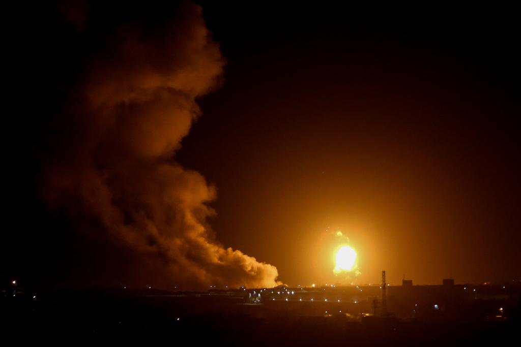 התקיפה בעזה (צילום: Abed Rahim Khatib/Flash90 )