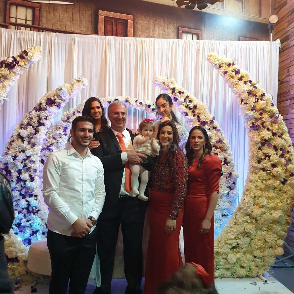 המשפחה המאושרת (צילום: פ.א)