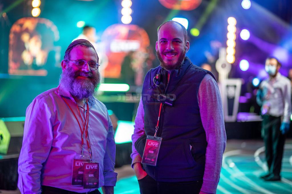 ברל יוניק יוזם הפרויקט ודוידי קרומבי מפיק האירוע