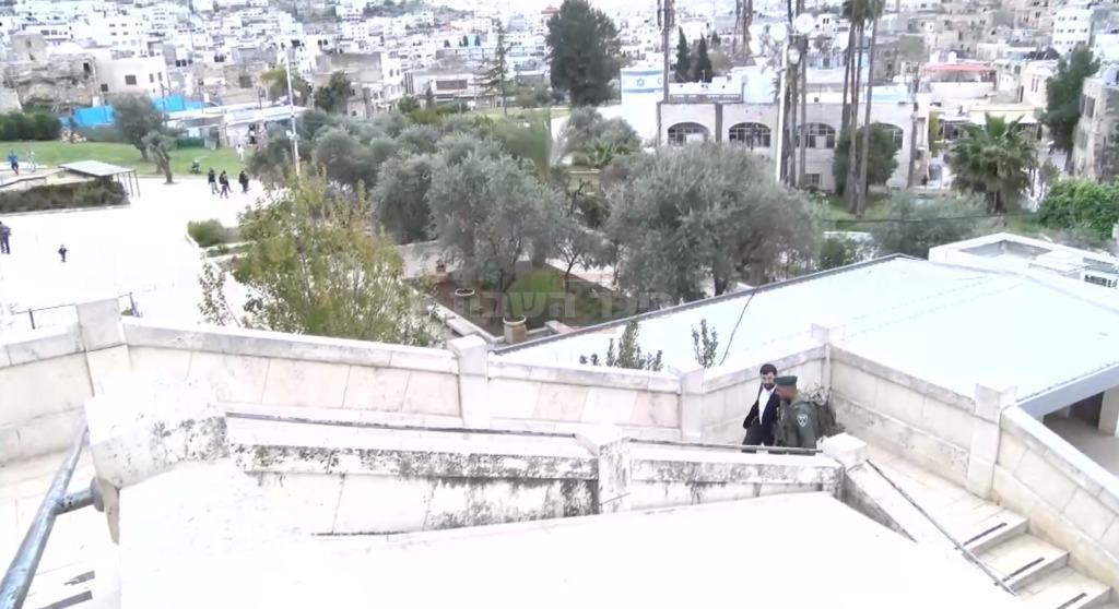 חלק מגרמי המדרגות שכיום נאלצים לעלות הנכים. צילום: כיכר השבת