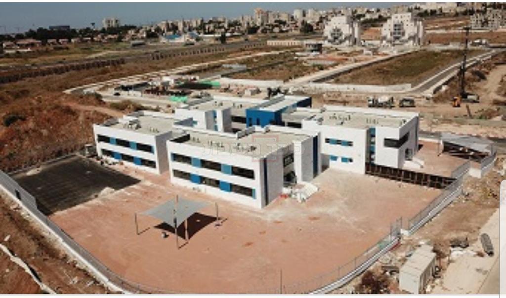 מבנה בית הספר