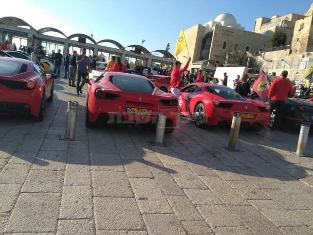 אירוע המכוניות בכותל (צילום: יוסף דשת)