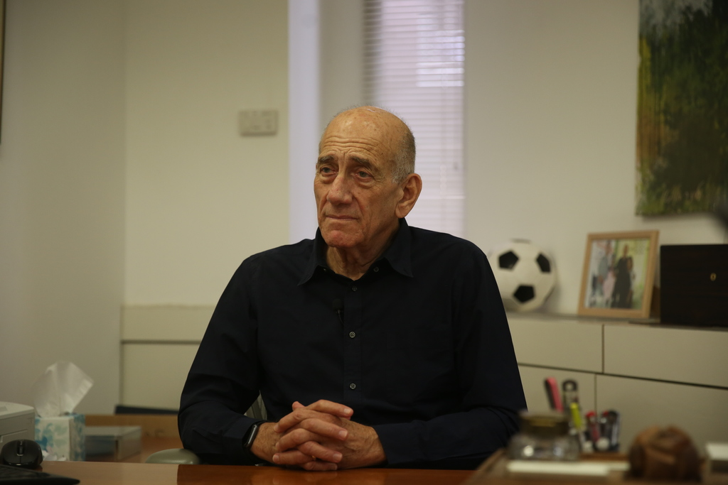 אהוד אולמרט בראיון ל'כיכר השבת'