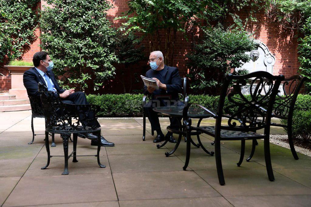 נתניהו בפגישת עבודה הערב - עם שגריר ישראל בארה''ב, בוושינגטון. צילום: אבי אוחיון לע''מ