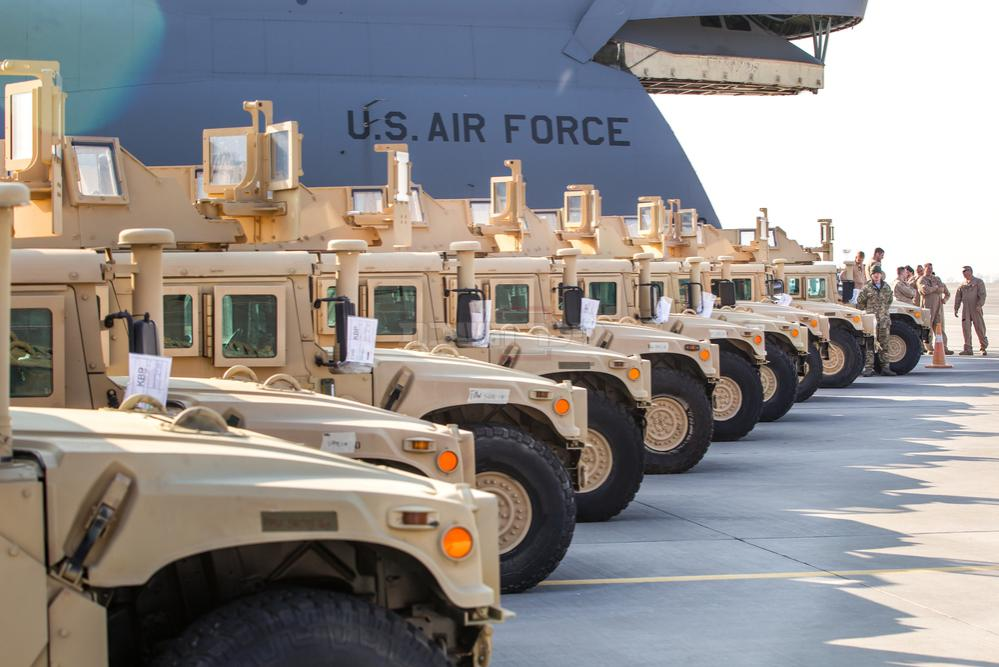 ג'יפים HMMWV של צבא ארה''ב (צילום: Shutterstock)