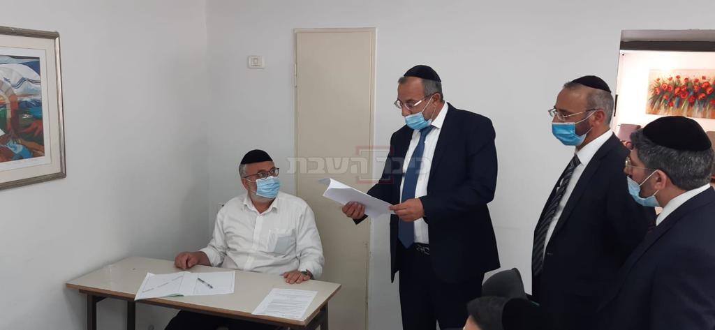 שר הדתות בסיור במתחם המבחנים