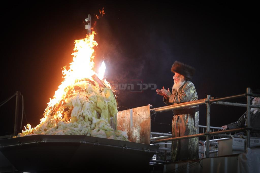 הרבי מתולדות אהרון דקות לפני האסון (צילום: חיים גולדברג, כיכר השבת)