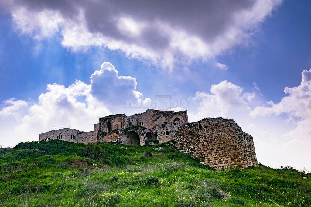 גן לאומי תל אפק, ליד ראש העין - מקום המפגש בין אלכסנדר לשמעון הצדיק (צילום: Anat Hermony/Flash90)