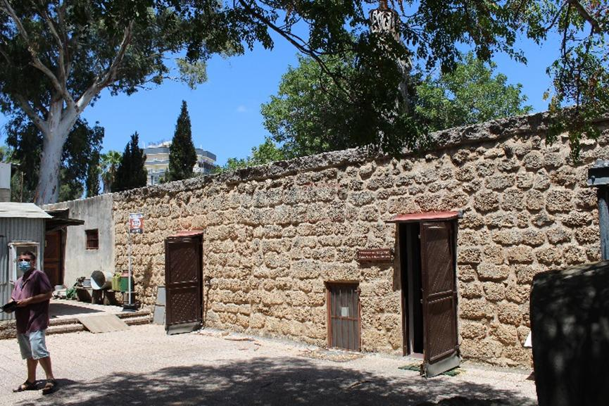 החאן בחדרה, כאן התגורר הגאון רבי יהודה  פרנק (צילום: ישראל שפירא)