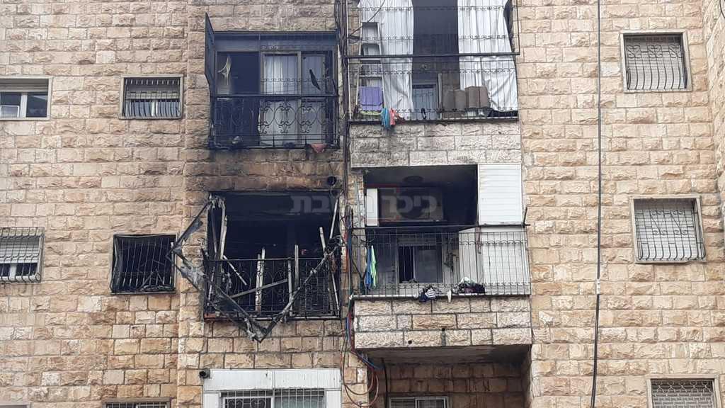 הדירה לאחר כיבוי האש (צילום: חיים גולדברג, כיכר השבת)