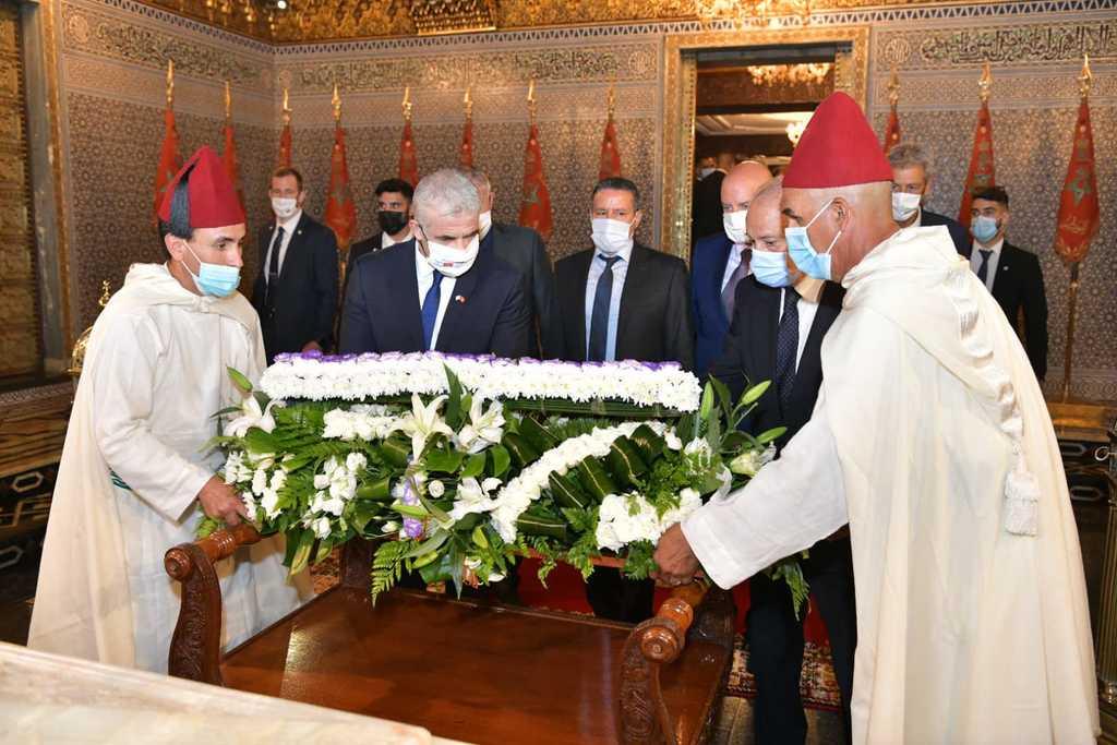 יאיר לפיד בביקורו במרוקו, אתמול (צילום: שלומי אמסלם, לע''מ)