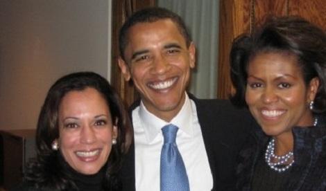 עם ברק אובמה ורעייתו (צילום: מתוך הפייסבוק הרשמי)