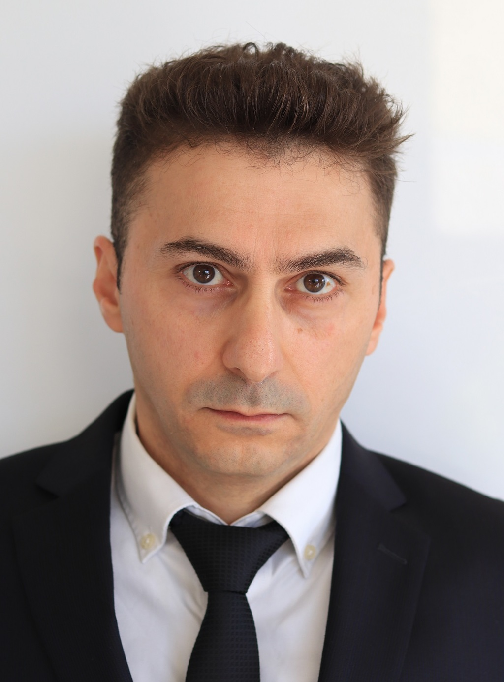 עו''ד ירון בן אור (צילום: אפרת סנדלר)