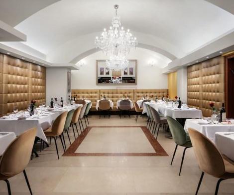 חדר האוכל במלון הכשר קינג דיויד