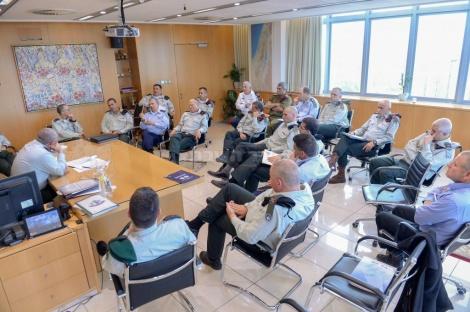 """פורום המטה הכללי בפגישה במשרדו של הרמטכ""""ל (מרץ 2016)"""