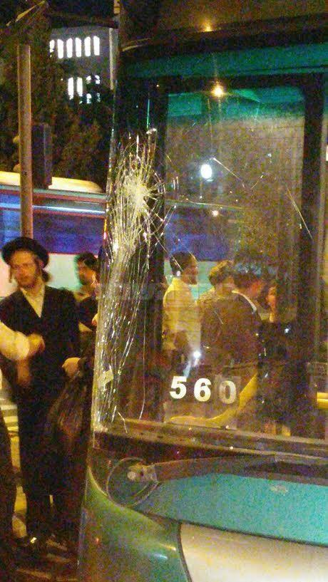 האוטובוס הפוגע (צילום: יונתן שור - סוכנות הידיעות 24)