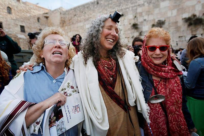 (צילומים: פלאש 90, ובדיבות 'נשים למען הכותל')