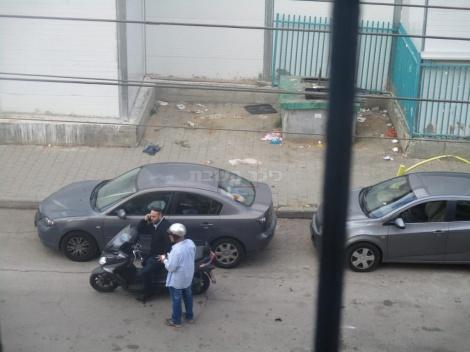 פקחי העירייה לצד הפח הטמון, אתמול
