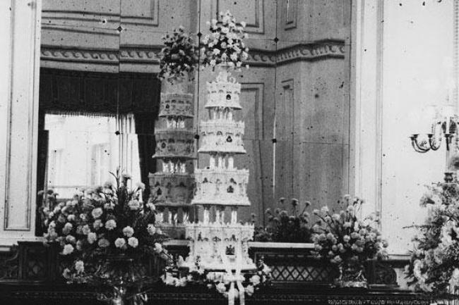 העוגה של מלכת אנגליה, אליזבת השנייה, והדוכס מאדינבורו - 1948