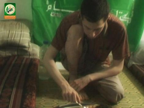 """השקר של חמאס: שליט בתמונות """"חדשות"""""""