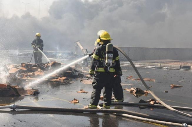 השריפה במפעל קרגל (צילום: תיעוד מבצעי כבאות והצלה, נגב)