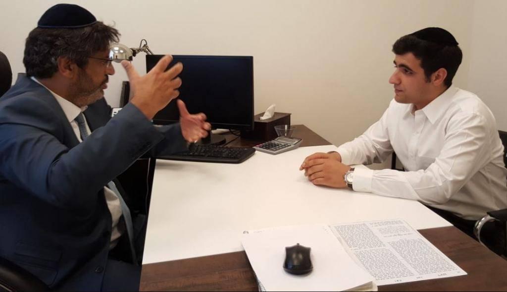 מאיר חביב בראיון לכתב ''כיכר השבת'' ישי כהן