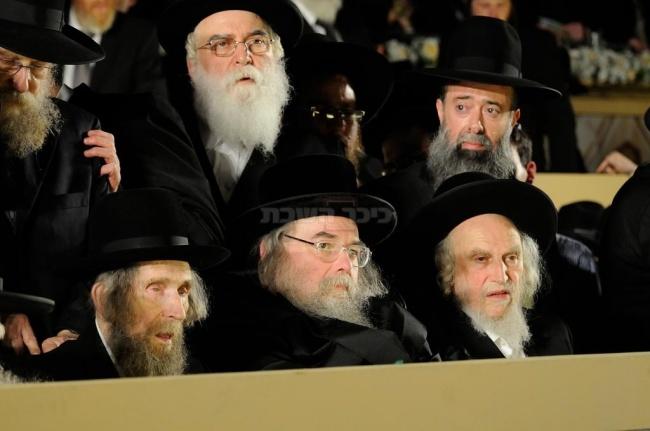 """בסיום הש""""ס המרכזי בגבעת התחמושת בירושלים (צילום: אלי סגל)"""
