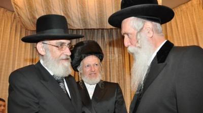 """משמאל הרב יעקב רוז'ה מרבני זק""""א ורב גחש""""א ת""""א"""