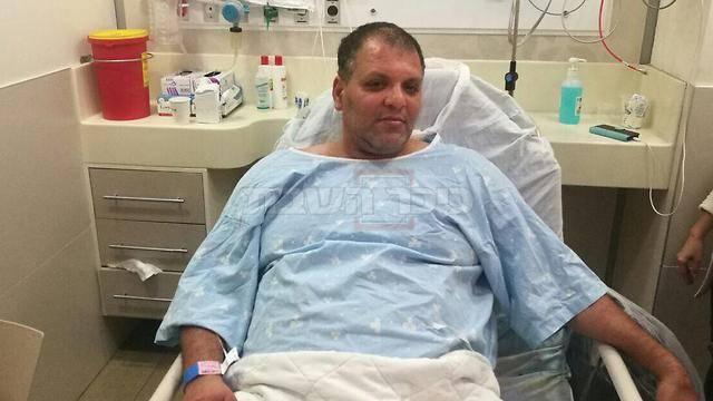אבי אסף בבית החולים, אחד המנטרלים (צילום: דוברות בלינסון)