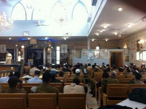 הרב דוד יוסף ב'יום עיון' הצהריים (צולם מסלולארי)