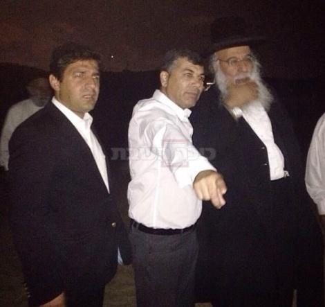 """הגר""""ב שמואלי, ראש העיר ור' מרדכי חסידים"""