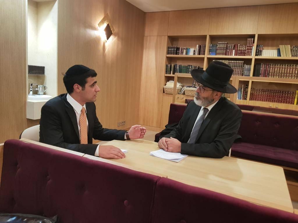 רבה של מרסיי בראיון לכתב ''כיכר השבת'' ישי כהן