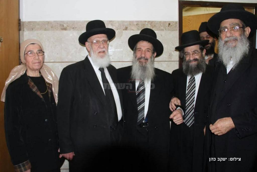 הרבנים הגאונים שלמה, מסעוד וניסים בן שמעון, הגר