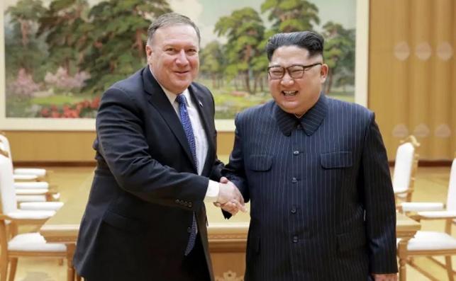 שליט צפון קוריאה עם פומפאו