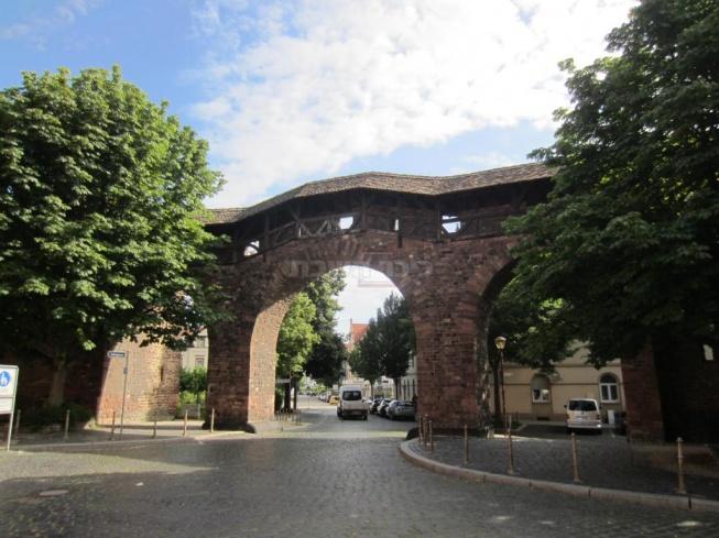 חומות העיר העתיקה.