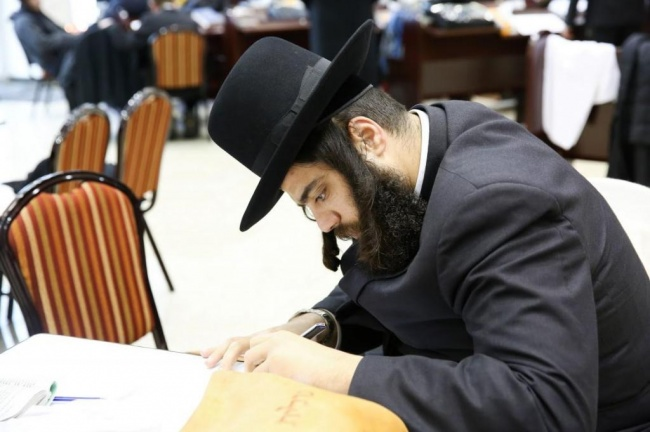 ראש עיריית אלעד ישראל פרוש (צילום: חיים טויטו)